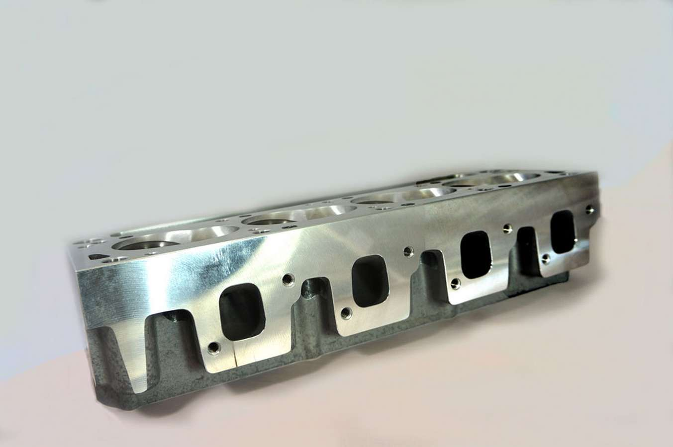 Cylinder Head Innovations SBF2V190B-67 Cylinder Head, 2V, Bare, 2.070 / 1.650 in Valve, 190 cc Intake, 67 cc Chamber, Aluminum, Ford Cleveland / Modified, Each